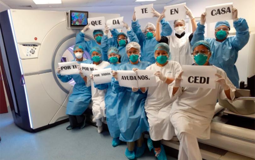 Equipo cirujanos